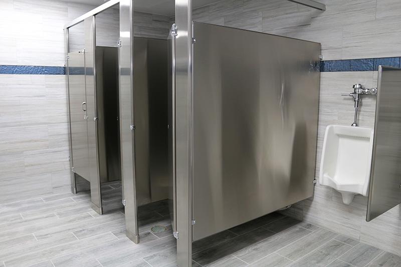 Marina Facilities: Men's Restroom Stalls