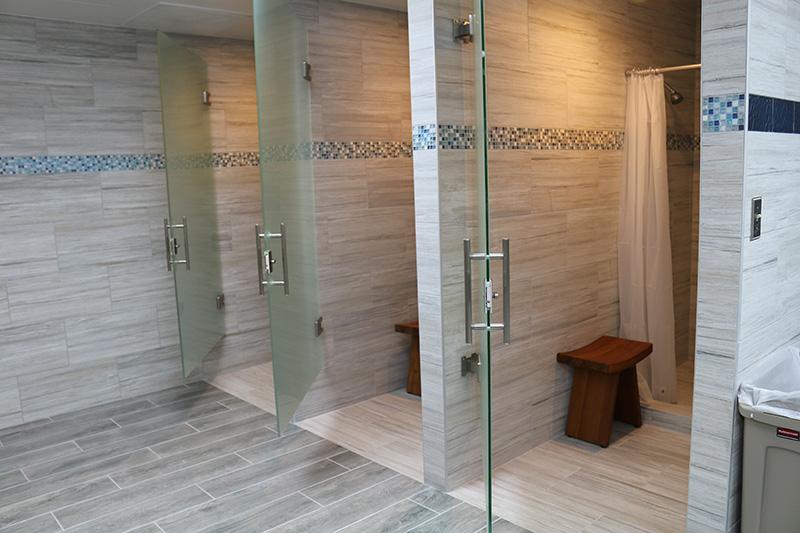 Marina Facilities: Women's Shower Stalls