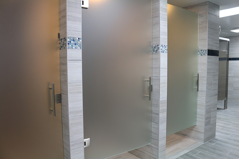 Marina Facilities: Men's Shower Stalls